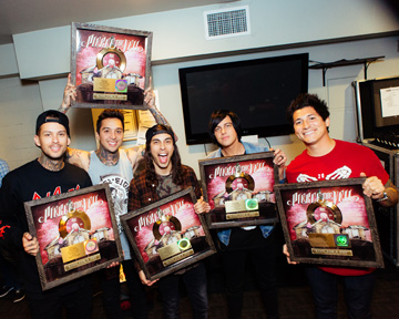 "Pierce the Veil, Gold Single Presentation, ""King For A Day"" - 11"
