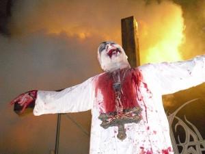 800px-Mayhem-with-Attila-Csihar-Infernofestival-2010