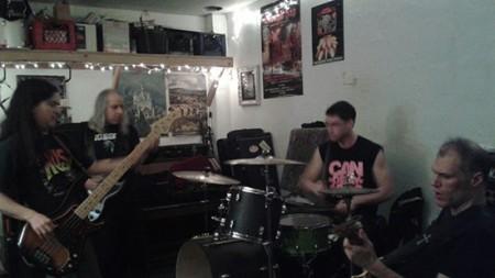 slough-feg-drummer